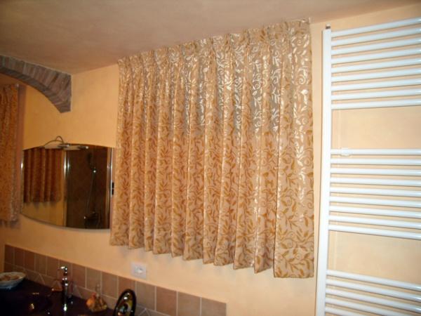 Tende da interni toscana lucca tappezzeria baccelli for Tende da arredo casa