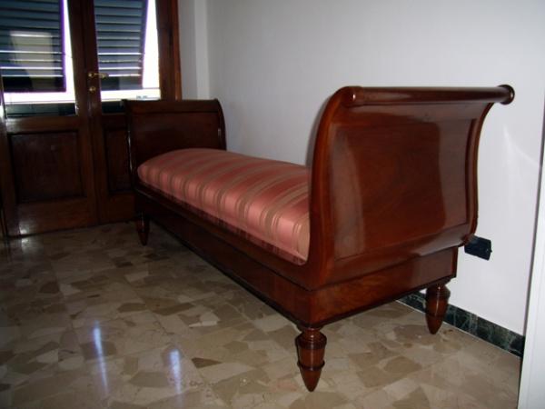 Fodere Divani Poltrone E Sofa : Rifacimenti divani poltrone sofà lucca toscana
